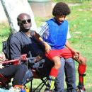 Seal is seen watching his kids Leni, Henry and Johan play soccer in Brentwood, California on January 31, 2015 - 454 x 557