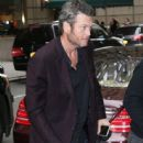 Blake Shelton-October 27, 2015-Blake Shelton Spends Time in NYC - 444 x 600