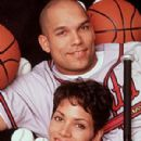 David Justice and Halle Berry - 300 x 400
