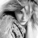 Caroline Trentini - Caderno Ela Photoshoot By Fabio Bartelt
