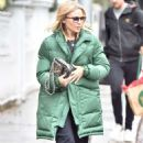 Kylie Minogue – Out in London