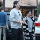 Shannen Doherty Leaves Ollo Restaurant in Malibu - 454 x 681