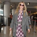 LeAnn Rimes Lax Airport In Los Angeles