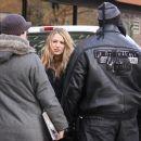 Blake Lively Taking A Lunch Break From Filming Gossip Girl In New York City, February 1 2010