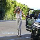 Selena Gomez – Attending a pilates class in Los Angeles