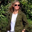 Gwyneth Paltrow – Arriving in the Amalfi Coast - 454 x 698