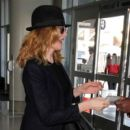 Rene Russo seen at LAX - 400 x 600