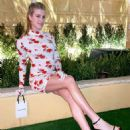 Eugenie Bouchard – Posing at Wynn in Las Vegas - 454 x 551