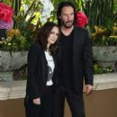 Winona Ryder and Keanu Reeves – 'Destination Wedding' Photocall in Beverly Hills - 454 x 693