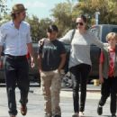 Angelina Jolie and Brad Pitt in Califórnia (July 10, 2015)