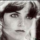 Karen Allen - 401 x 396