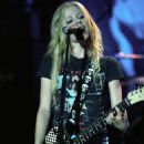 Avril Lavigne - The Bonez Tour In Los Angeles, 11.08.2005.