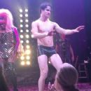 Hedwig And The Angry Inch  Starring Darren Criss - 454 x 255