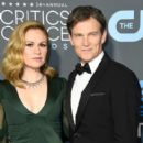 Anna Paquin and Stephen Moyer At The 24th Annual Critics' Choice Awards (2019) - 406 x 600