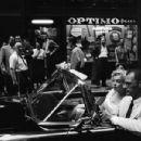 Arthur Miller & Marilyn Monroe spotted in New York, June, 12 1957 - 454 x 301