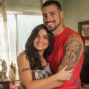 Cauã Reymond and Vanessa Giácomo are a couple in