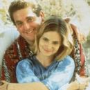 Jennifer Jason Leigh and Chris Penn