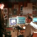 Robert De Niro and Jamie Harrold in Paramount's The Score - 2001 - 400 x 270