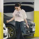 Rooney Mara – Shopping at Health Food Store in Los Angeles