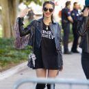Olivia Munn – 2018 Women's March in Los Angeles - 454 x 629