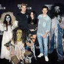 Ariel Winter – Knott's Scary Farm Celebrity Night Photocall in Buena Park