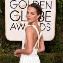 Alicia Vikander At The 73rd Annual Golden Globe Awards (2016)
