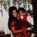 Priscilla & Lisa Marie Presley - 454 x 299