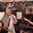 Taylor Swift – Performance at the Blue bird Cafe in Nashville - 454 x 307