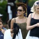 Caroline Flack goes for a stroll with friends in downtown Miami, Florida on January 2, 2016