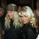 Bret Michaels and Pamela Anderson - 236 x 296