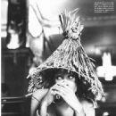 Christy Turlington - Vogue Magazine Pictorial [Italy] (February 1992) - 454 x 610