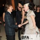 L'Wren Scott and Mick Jagger at 2011 MET Costume Institute Gala - 454 x 568