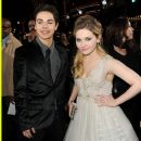 Abigail Breslin and Jake T. Austin