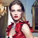 Natalia Vodianova - Vogue Magazine Pictorial [Spain] (December 2015) - 454 x 605