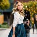 Sarah Jessica Parker – Arrives at Intimissimi Fashion Show in Verona - 454 x 681