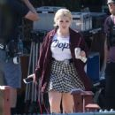 Abigail Breslin – On the Set of 'Scream Queens' in Los Angeles 9/1/2016 - 454 x 616