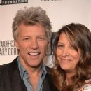 Dorothea and Jon Bon Jovi - 372 x 594