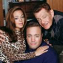 Leah Remini, Kevin James and Jerry Stiller stars in The King of Queens.