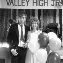 Valley Girl - Randy and Julie as Prom King and Queen - 438 x 640