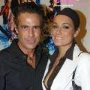 Alena Seredova and Edoardo Costa - 160 x 228