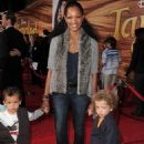 Garcelle Beauvais-Nilon - Premiere of 'Tangled' at the El Capitan Theatre on November 14, 2010 in Los Angeles, California - 454 x 658