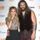 Suki Waterhouse – 'The Bad Batch' Premiere – 2016 TIFF in Toronto 9/13/2016 - 454 x 604