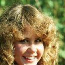 Linda Blair - 229 x 337