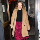Kimberley Walsh – Arrives at Gaby Roslin special Christmas show in London - 454 x 671