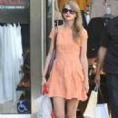 Taylor Swift spent her afternoon shopping yesterday, August 8, at the Westfield Mall in Century City, CA. The day before Taylor won six Teen Choice Awards bringing her total to THIRTEEN!