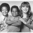 Dana Plato and castmates of Different Strokes