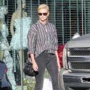 Charlize Theron – Shopping in Hollywood