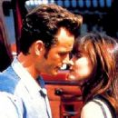 Shannen Doherty as Brenda Walsh and Luke Perry as Dylan McKay in Beverly Hills, 90210 (1990)