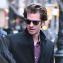 Andrew Garfield greets a fan as he leaves a downtown hotel in New York City, New York on January 10, 2017 - 437 x 600