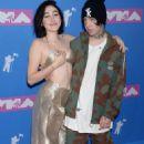 Noah Cyrus – 2018 MTV Video Music Awards in New York City - 454 x 694